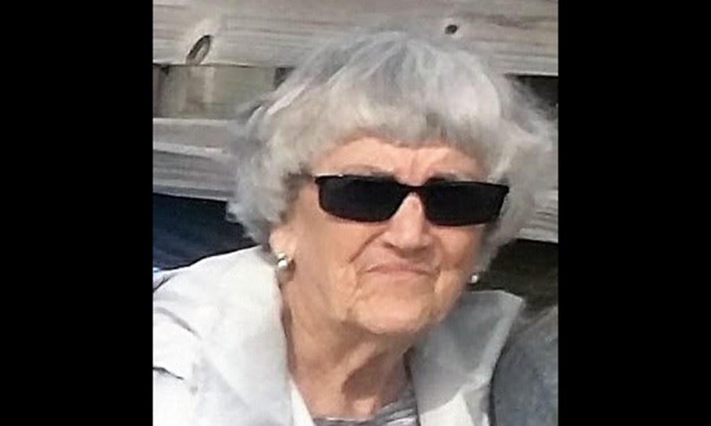 Edna Midgette Daniels